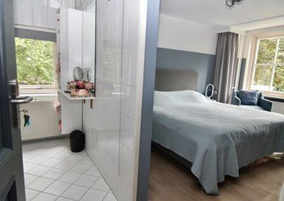 B&B Villa Beldershoek - De Hortensia met badkamer